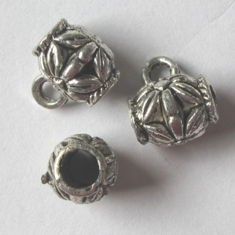 F4420 - Bead with loop. Pack of 5.