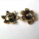 Flower approx 22mm, antique gold colour. Pack of 2.