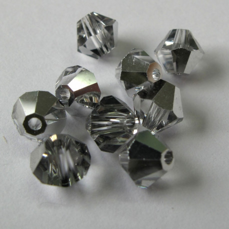 CR6638 - 6mm bicone crystal silver. Pack of 25