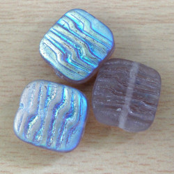 Square pale purple beads. Pack of 10.