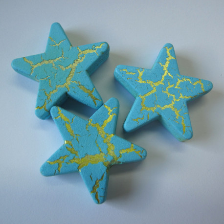 PB1980 - Star beads with crackle finish. Pack of 10