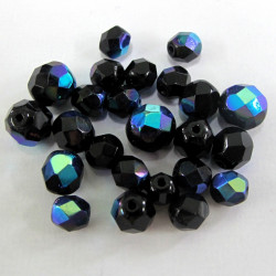 Black with blue shine. Pack of 40g