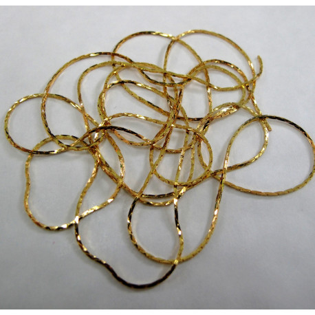 CH2213g - 1m gold colour crimpable chain.