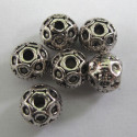 10mm decorative spacer beads. Pack of 10